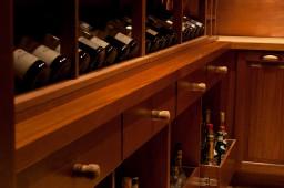 wineroom07